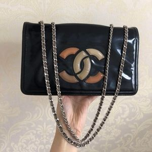 CHANEL VINYL SMALL LIPSTICK FLAP BLACK